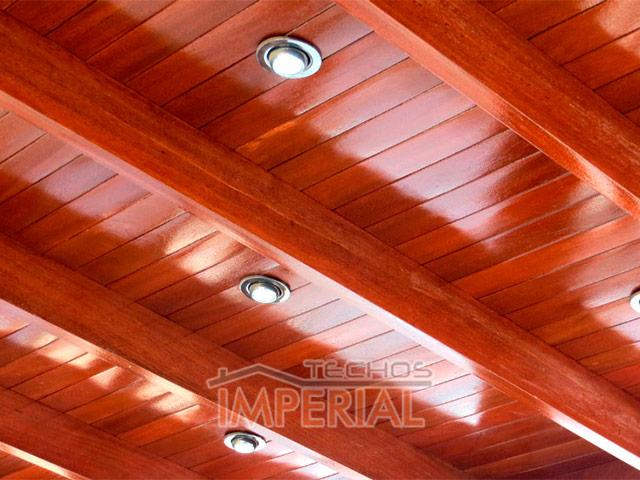 Techados de terrazas awesome fotos de techos de madera for Colores para techos de madera
