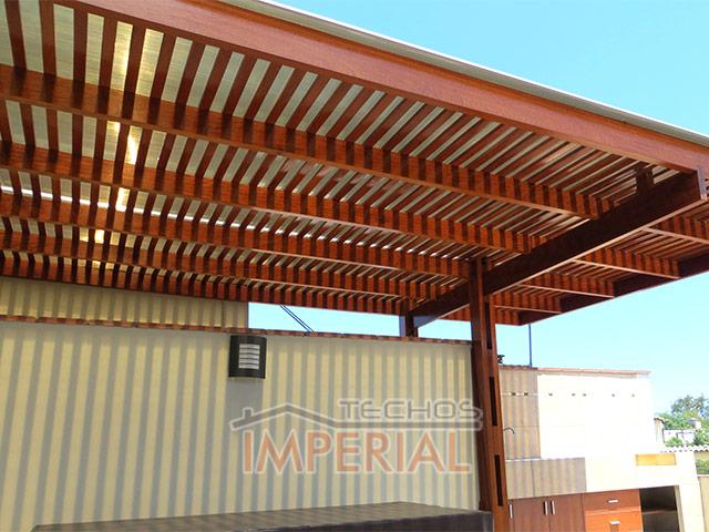 Techo de madera latest techos de madera with techo de for Techos modernos exterior